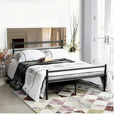 9. GreenForest Full Size Bed